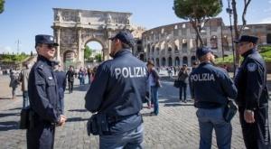 poliziotti cinesi a Roma